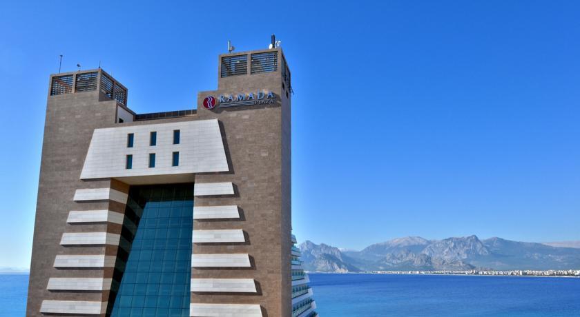 فندق رمادا بلازا انطاليا - الفنادق في انطاليا