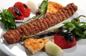 كباب اضنة - اشهر الاكلات التركية