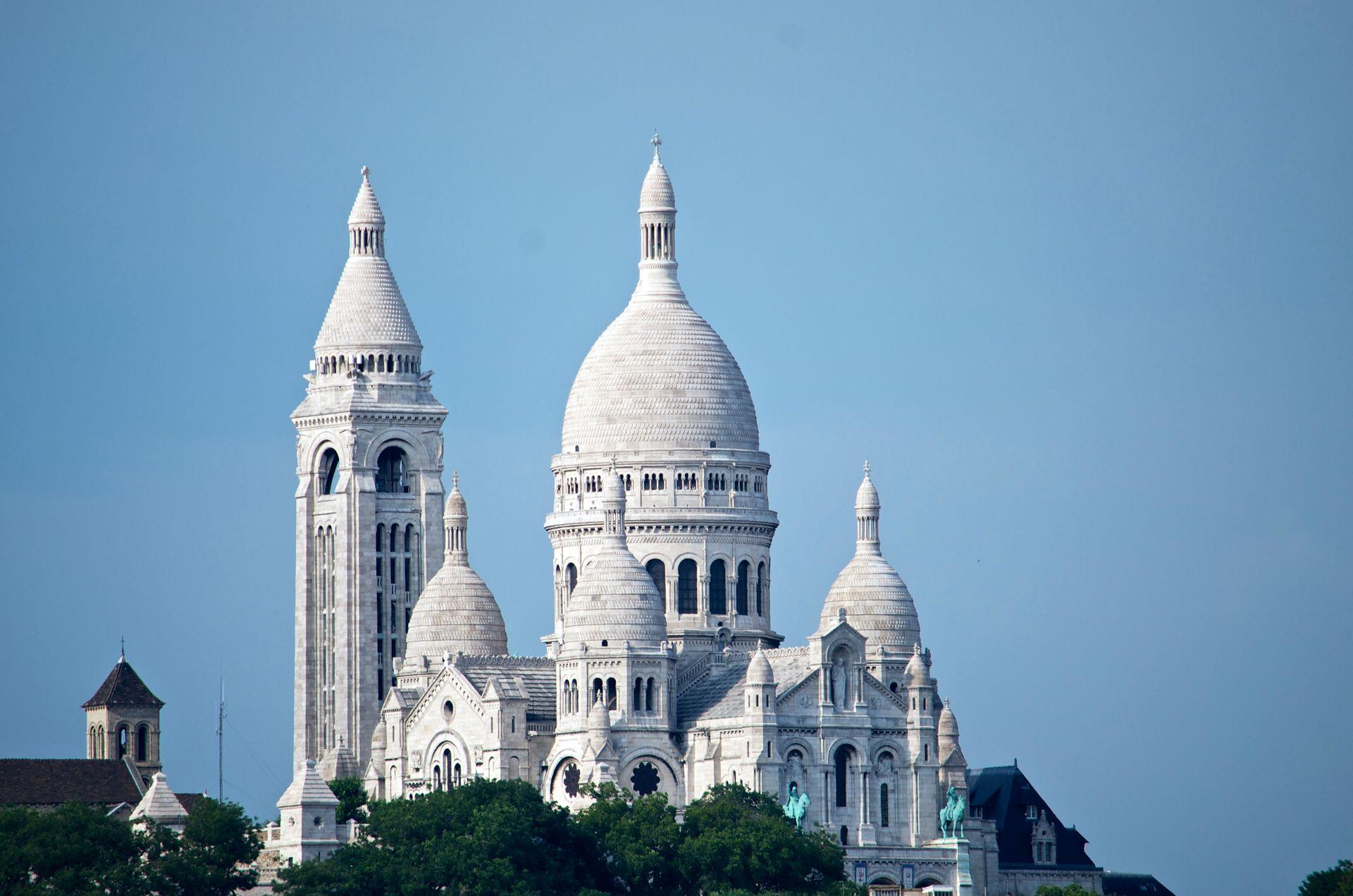 كنيسة القلب المقدس باريس
