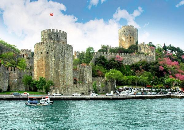 قلعة روملي حصار من اجمل معالم اسطنبول تركيا