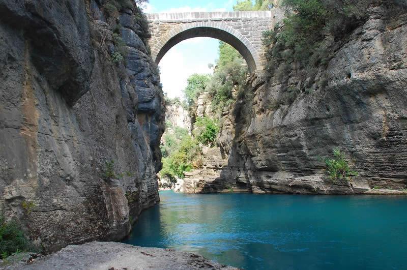 وادي كوبرلو في مدينة انطاليا تركيا