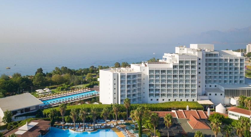 افضل فنادق في انطاليا على البحر