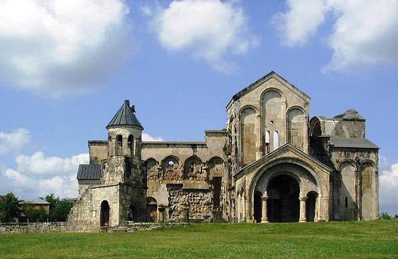 الاماكن لاسياحية في تبليسي - كاتدرائية باجراتي