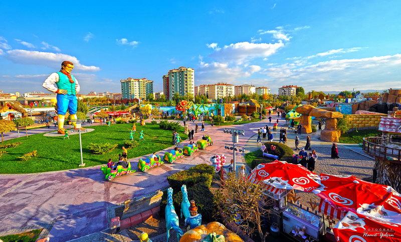 حديقة ارض العجائب في انقرة