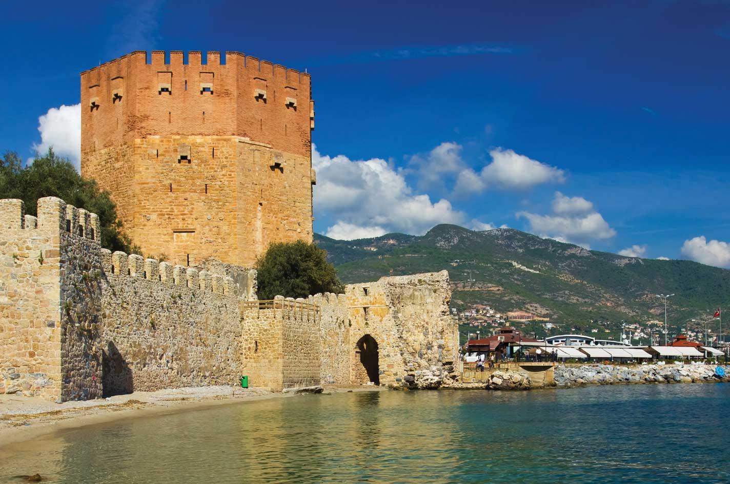 قلعة الانيا - السياحة في الانيا انطاليا