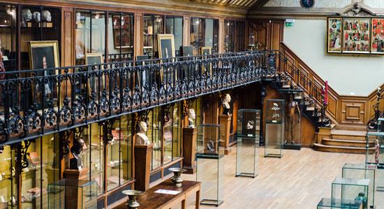 متاحف باريس - متحف تاريخ الطب والجراحة