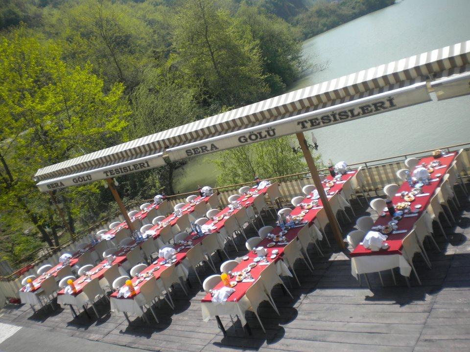 مطاعم بحيرة سيراجول