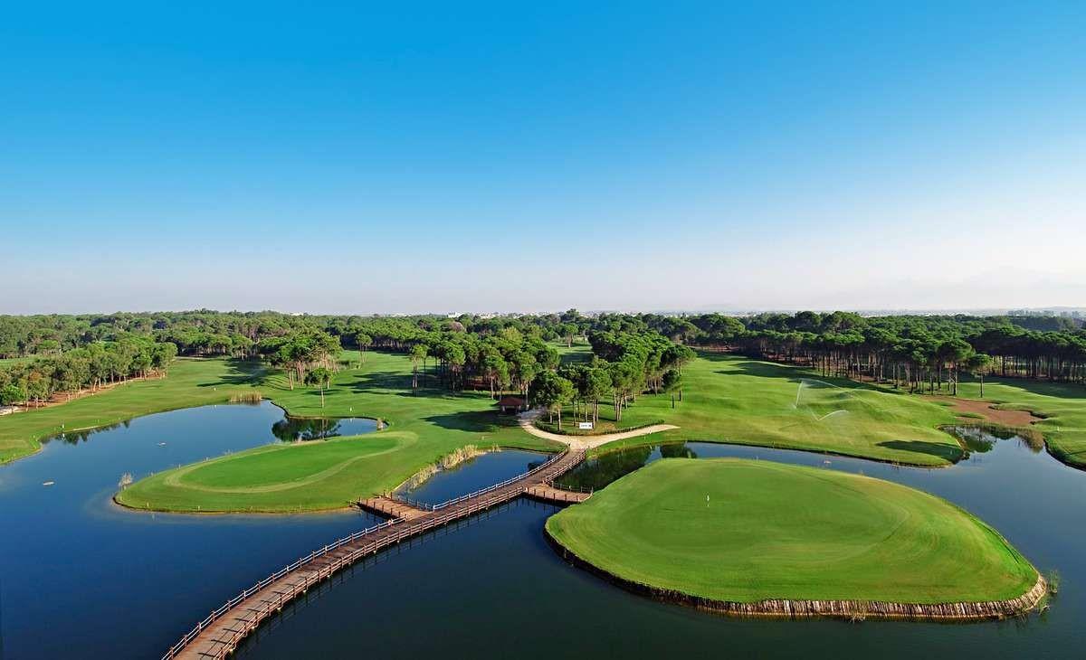 ملاعب الغولف في بيليك انطاليا