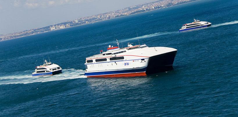تعرف على اهم مواصلات اسطنبول وهي الباصات البحرية والتي تمتاز بسرعتها في الوصول إلى الأماكن البعيدة من المدينة