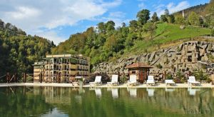 قائمة تجمع افضل فنادق ريزا تركيا في تقرير واحد