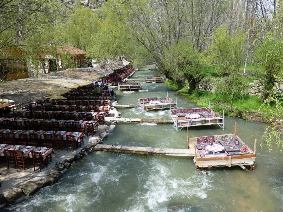 وادي إهلارا من اجمل الاماكن السياحية في كابادوكيا تركيا