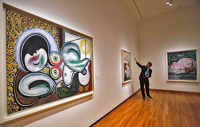 متحف بيكاسو احد اشهر المتاحف في باريس فرنسا