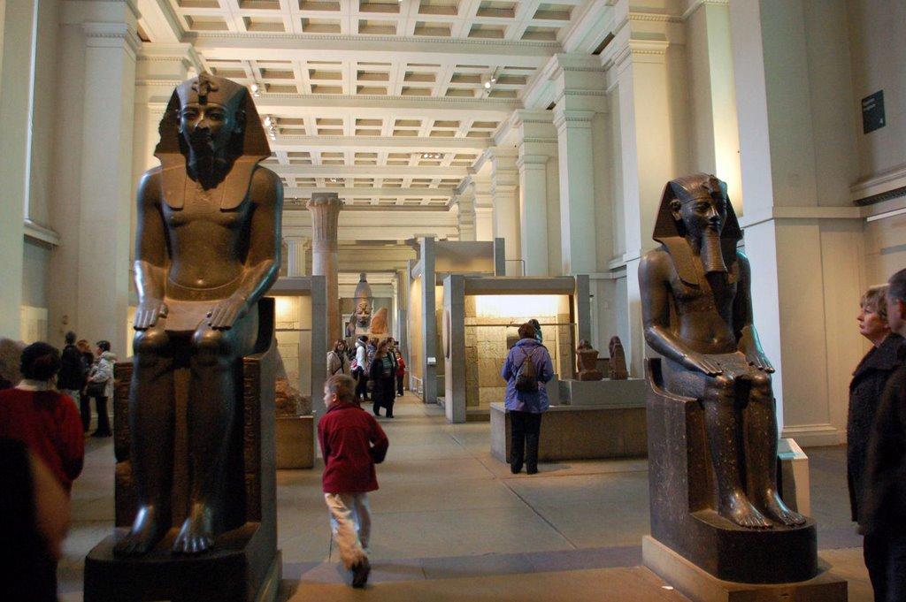اثار فرعونية في المتحف البريطاني لندن