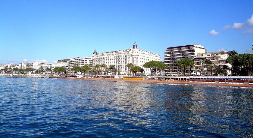 فنادق كان فرنسا