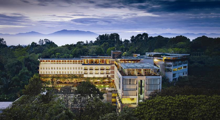 فندق بادما باندونغ