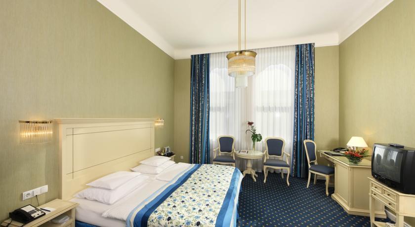 فندق دي فرانس فيينا