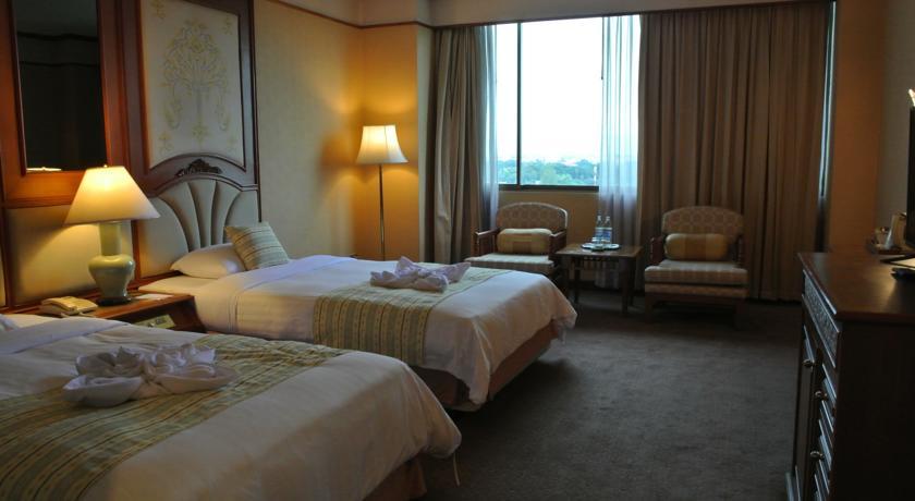 فندق شنغماي بلازا