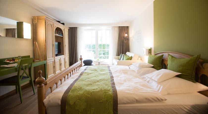 فندق هايليغنشتاين بادن بادن