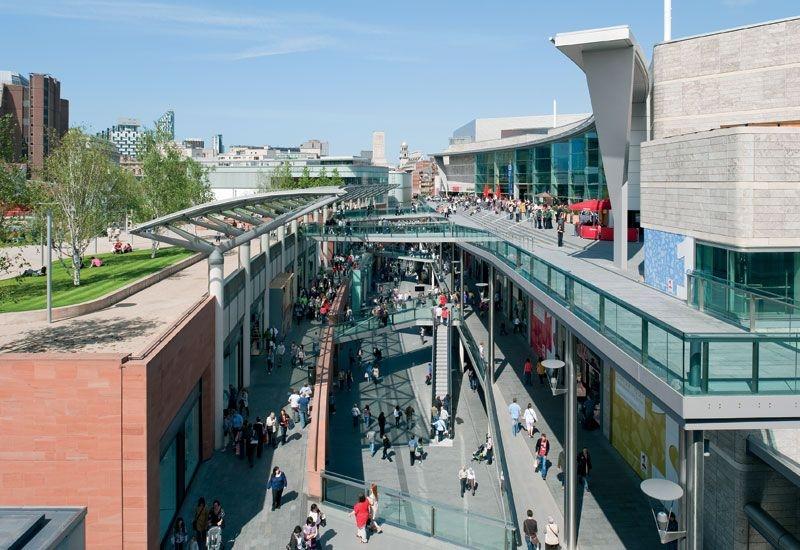 مجمع ليفربول ون التجاري