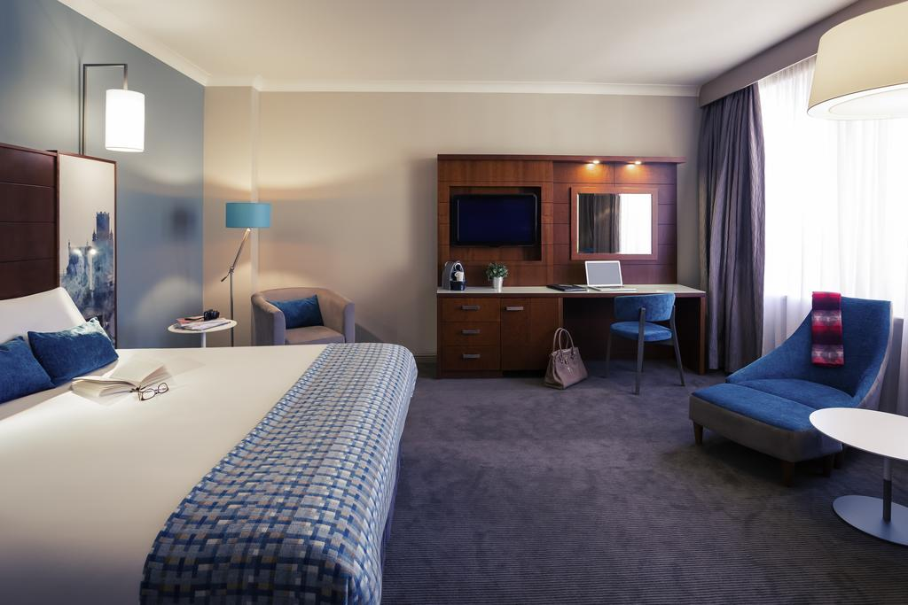 فنادق في بريستول
