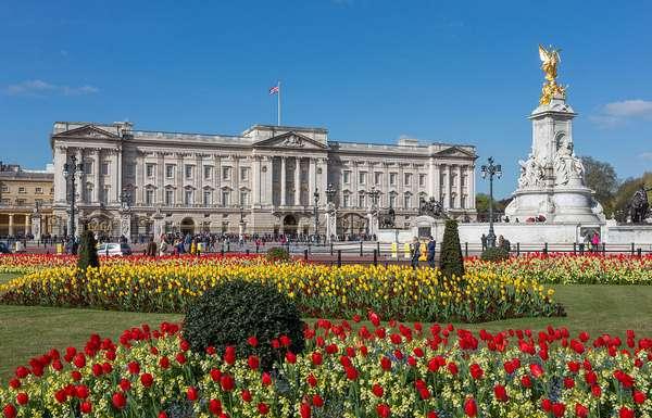 ساعة لندن من اهم معالم مدينة لندن السياحية - صور ساعة لندن