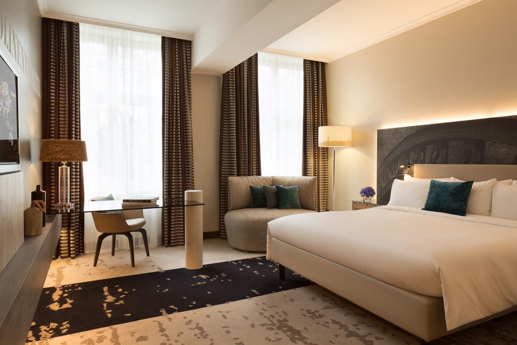 فنادق في هامبورغ