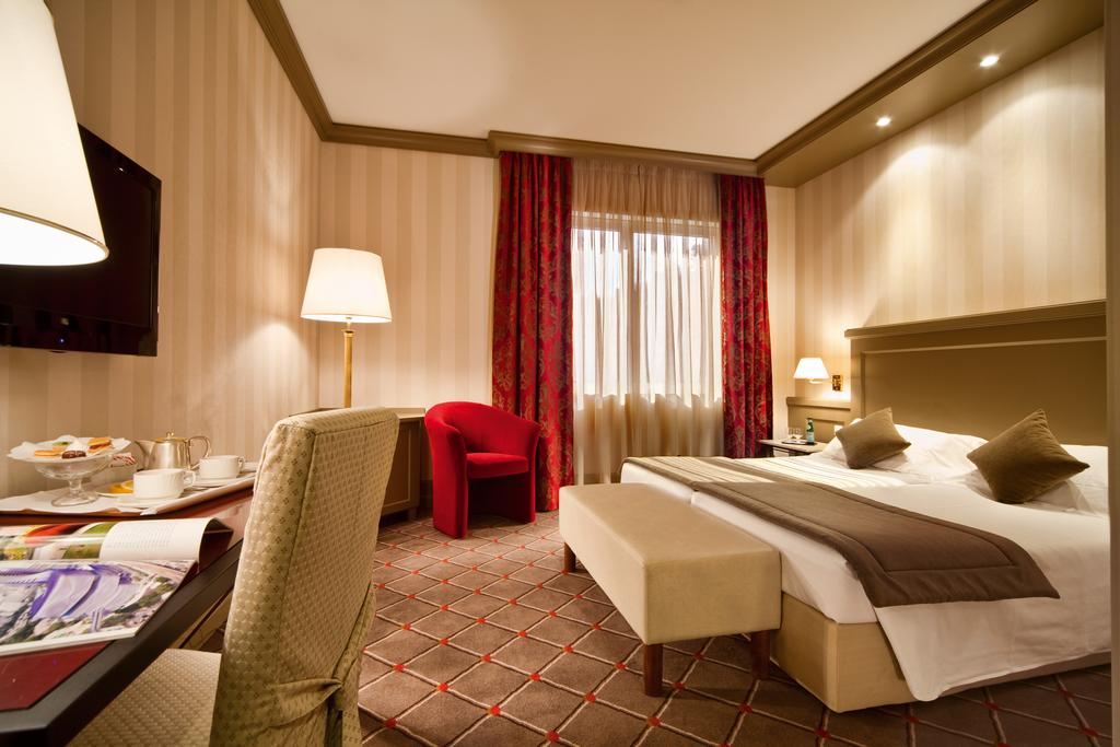 فنادق في لوقانو