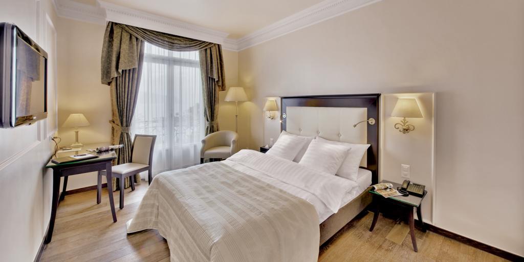 فنادق مونترو سويسرا