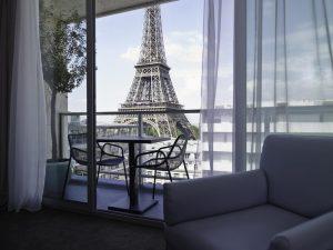 تقرير يُرشّح افضل فنادق قريبة من برج ايفل