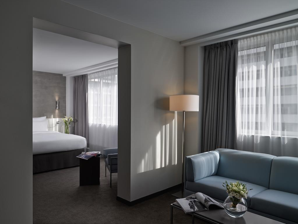 فنادق باريس المطلة على برج ايفل