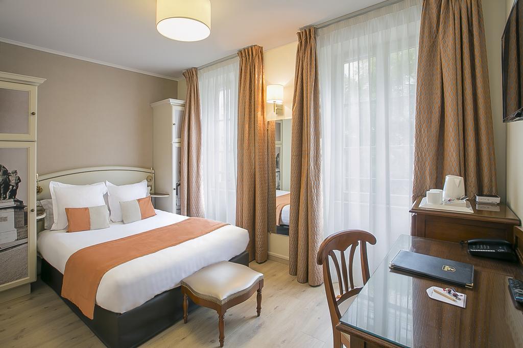 فنادق باريس برج ايفل