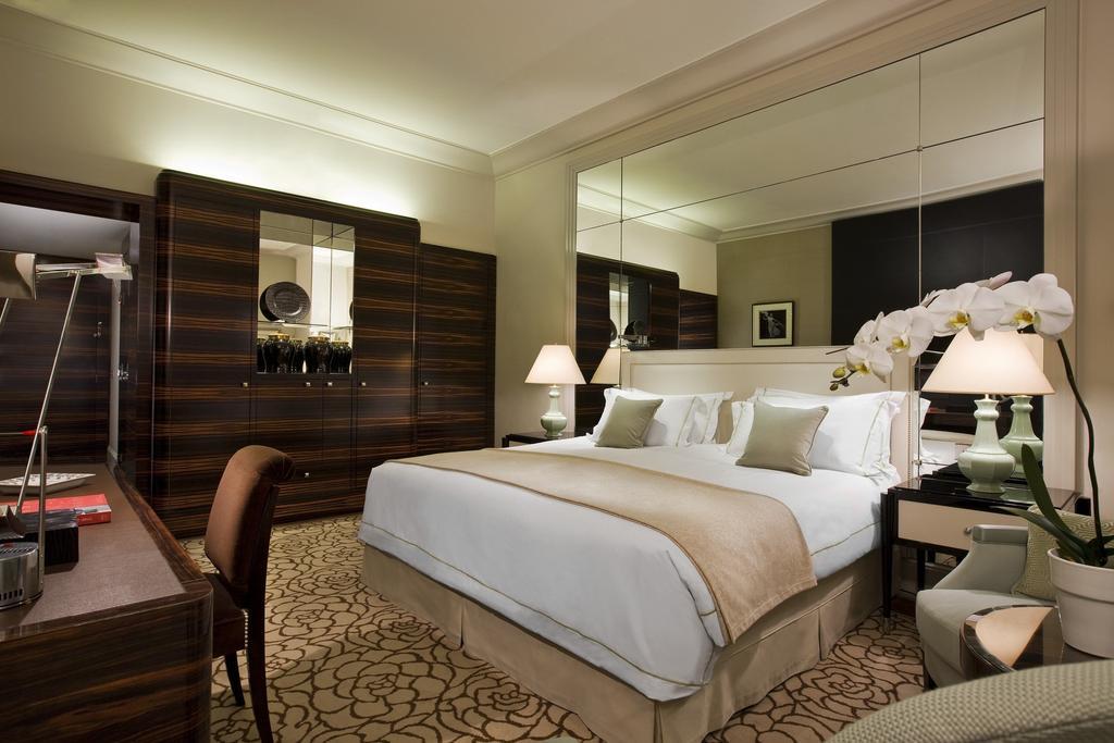 افضل فنادق باريس الشانزليزيه