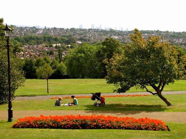 حديقة الكسندرا في لندن من اجمل الحدائق في لندن