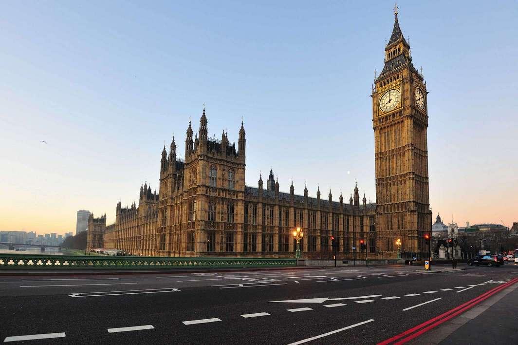 ساعة بيغ بن لندن من اهم الاماكن السياحية في لندن