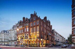 تعرف في المقال على افضل فنادق لندن القريبة من افضل معالم السياحة في لندن ، ذكرنا لكم افضل فنادق في لندن استناداً على تقييمات الزوّار العرب وآرئهم