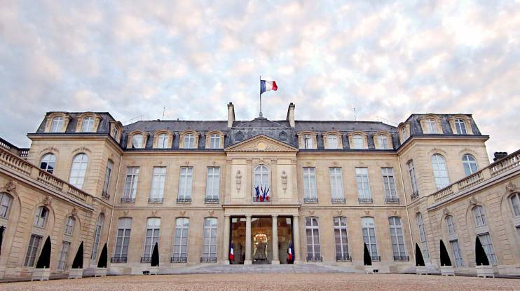 ٌقصور في باريس