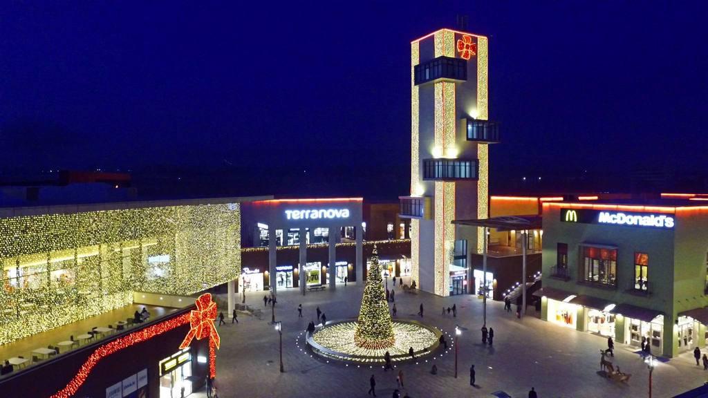ايست بونيت (تبليسي مول ) من اشهر مراكز التسوق في تبليسي