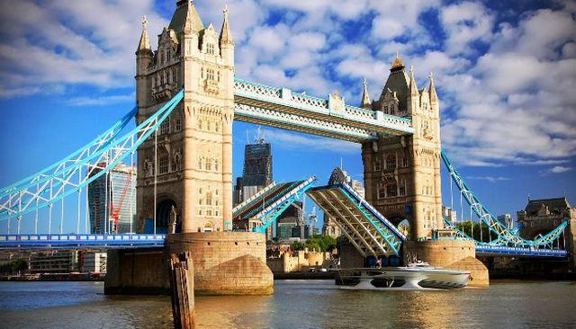 جسر البرج في لندن - احد اهم المناطق السياحية في لندن