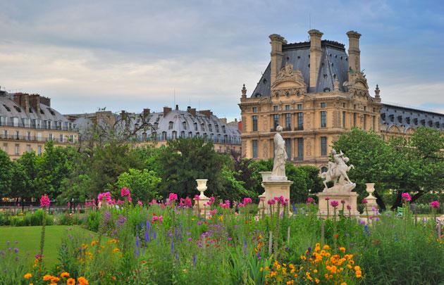 التويلري من اجمل حدائق في باريس