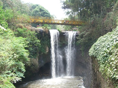 شلالات ماربيا - الاماكن السياحية في باندونق