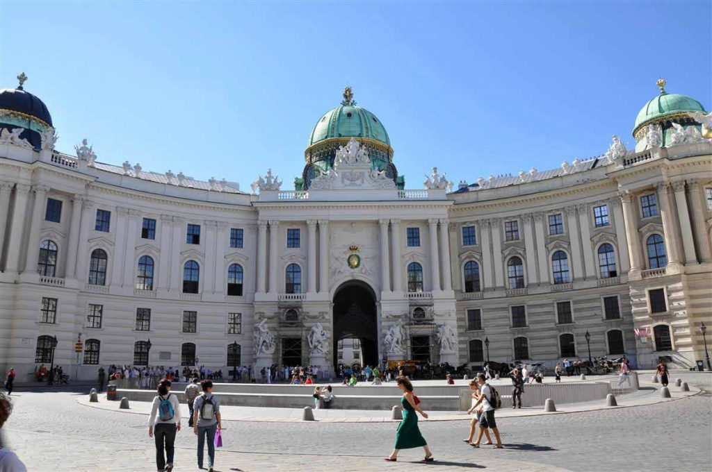 القصر الإمبراطوري هوفبورغ في فيينا