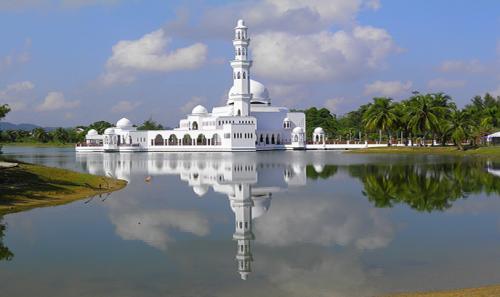 المسجد العائم في بينانج