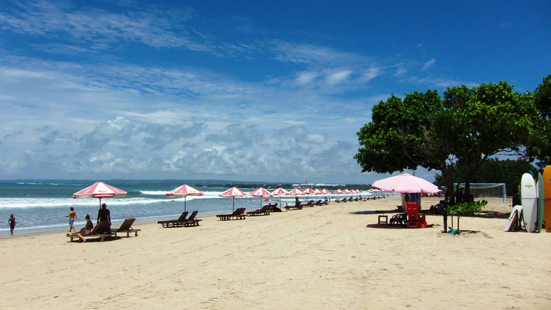 شاطئ كوتا في بالي