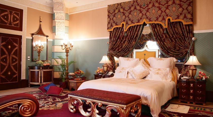 فندق قصر الشرق