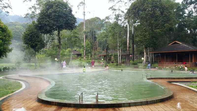 السياحة في باندونق