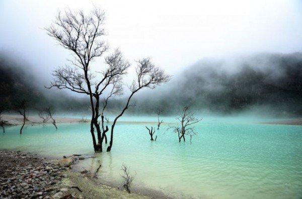 بحيرات باندونق