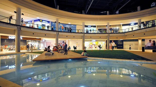 مجمع ميدتاون للتسوق من اهم اماكن سياحية في بودروم تركيا