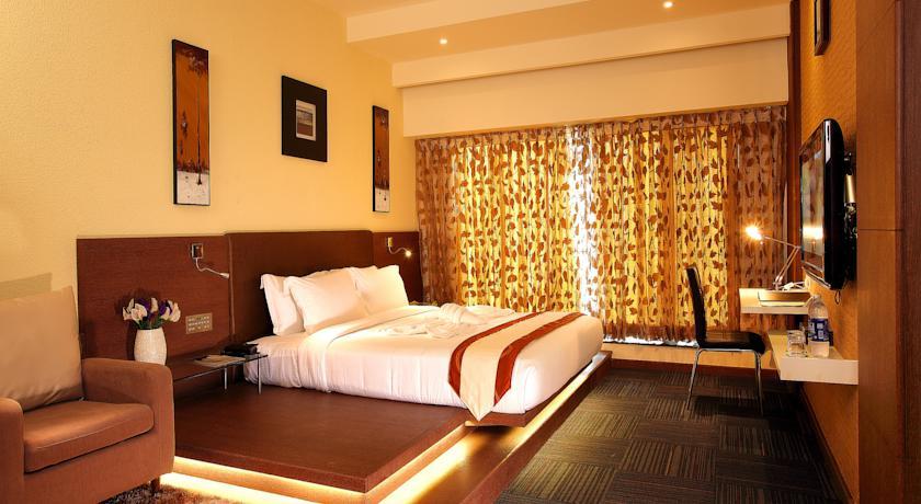 الفنادق في كيرلا كثيرة وقد يصعب عليك الاختيار فيما بينها، ولكن عبر تقريرنا ستصبح المهمة اسهل