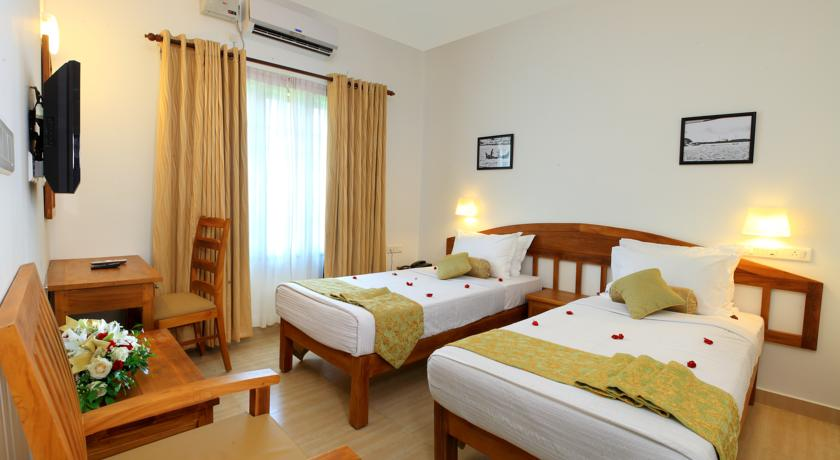 فنادق في كيرلا رائعة وبأسعار تُناسب معظم الميزانيات