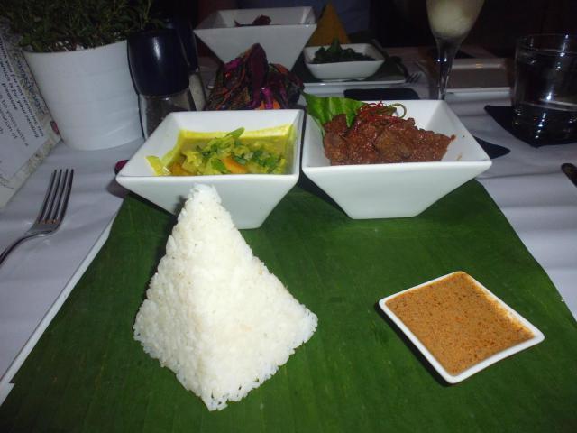 يعد مطعم بريفيلج من اشهر مطاعم في لنكاوي ماليزيا
